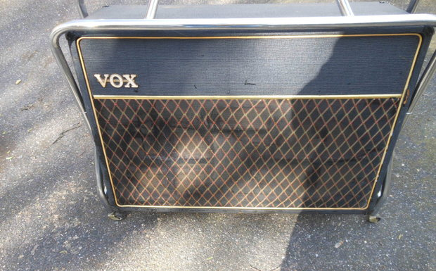 Vox AC50 speaker cabinet with Goodmans drivers