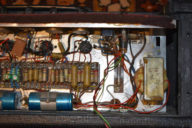 Early grey panel AC50 mark 2 in a small box with brown cloth