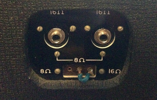 XLR mounting plate on a late AC50 made by Vox Sound Equipment Limited